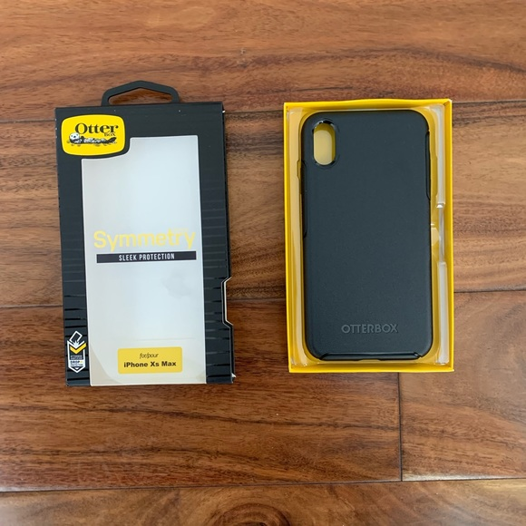 best service f9c9e c3db7 Iphone Xs MAX Black Otterbox Symmetry Case NWT